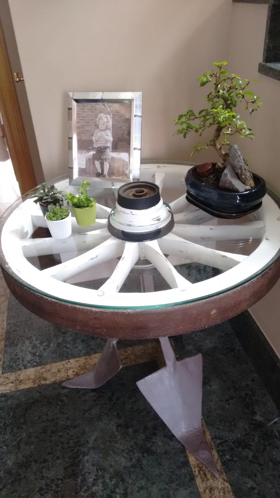 Batalla de pinceles mesa con rueda de carro - Mesas con ruedas de carro ...