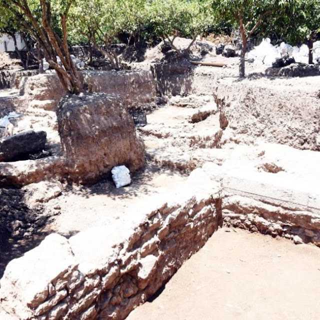 1,800-year-old villa and mosaics of Greek fisherman Phainos discovered in Turkey