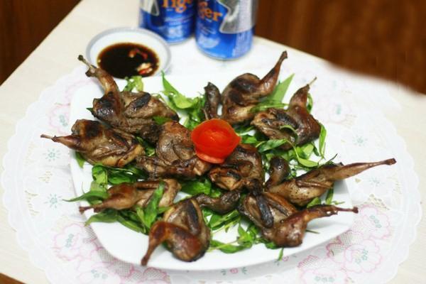Món ngon cuối tuần: Chim cút rô ti hấp dẫn