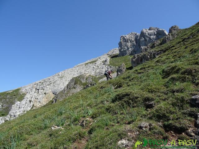 Subiendo a lo alto de la Sierra de Caranga