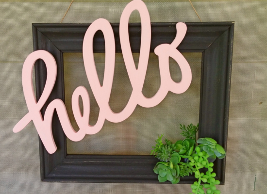 Make a door wreath with a picture frame