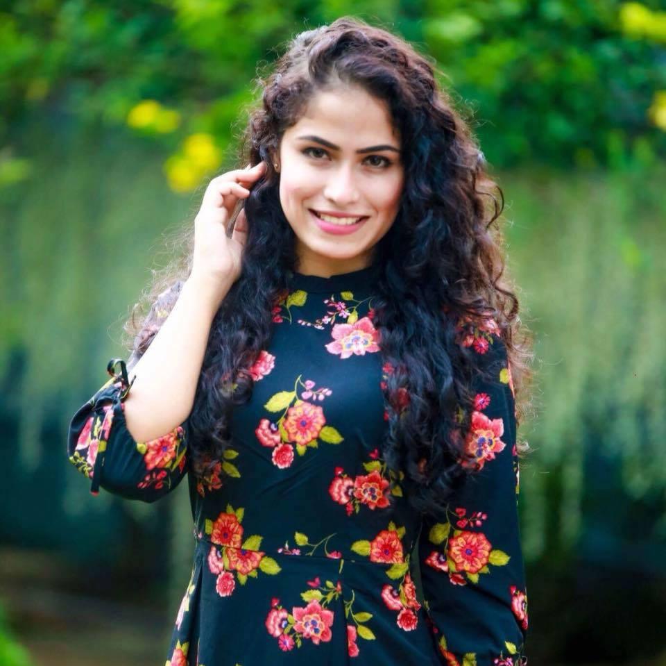Sandani Fernando | Sri Lanka Upcoming Model | Cute girl