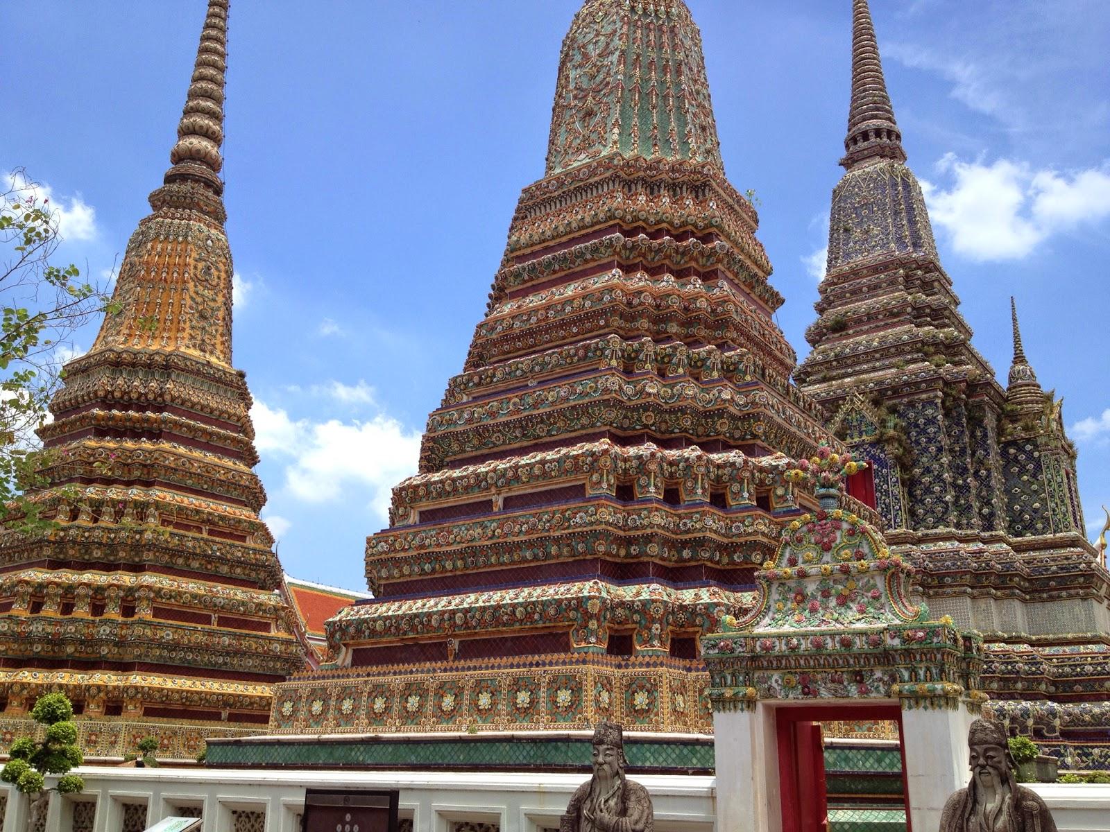 Bangkok - Wat Pho - Four massive chedis