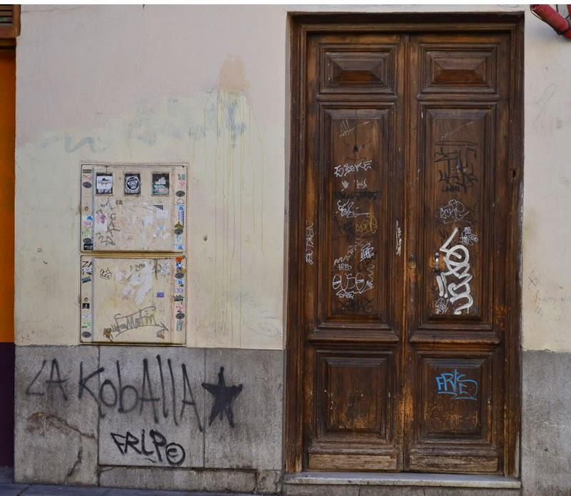 More graffiti in Granada