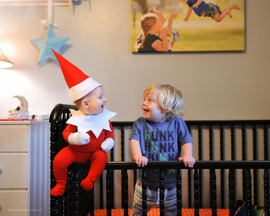 """A dad turns his baby into a real """"elf"""""""
