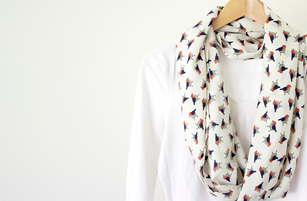 How To Make A Simple Spring Infinity Scarf by Eliza Ellis