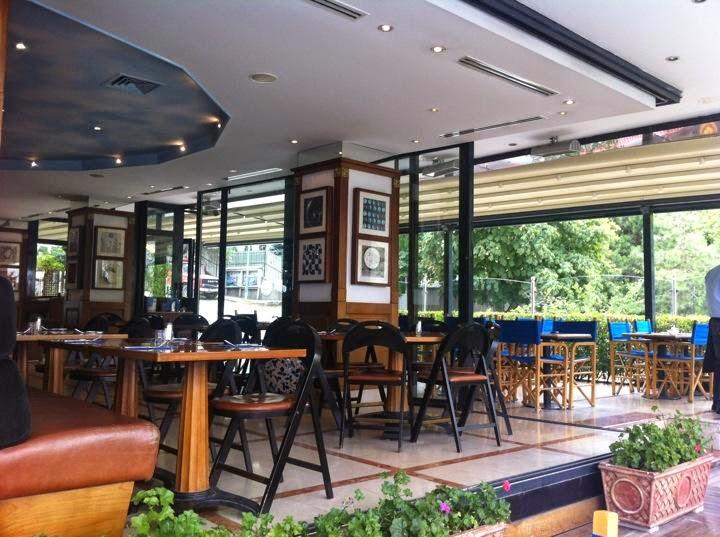 Bir Gen Kzn CafeRestaurant Defteri Mezzaluna