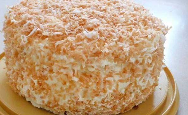 CREAM OF COCONUT CAKE