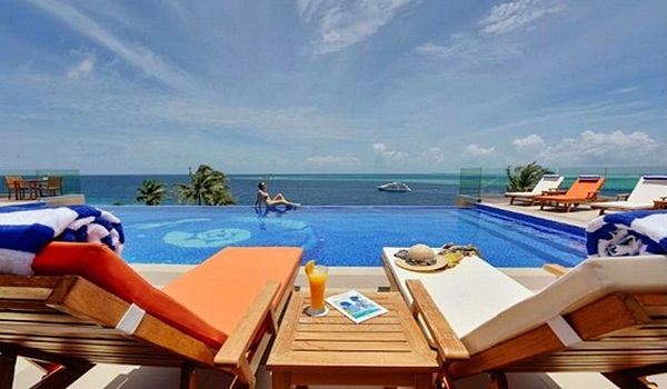 Honeymoon? Dong Ayok ke Maldives