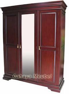 sragen tidak pernah sepi dari job baik dalam maupun luar negeri untuk kebutuhan ekspor 41 Model Lemari Pakaian Kayu Jati 3 Pintu Terbaru 2018