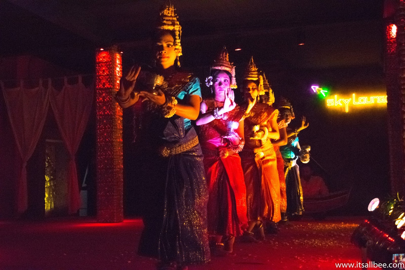 Pub Street Siem Reap | Where To Eat, Sleep, Shop In Siem Reap