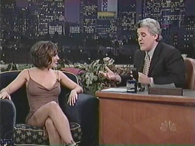 Alyssa milano peeing on leno
