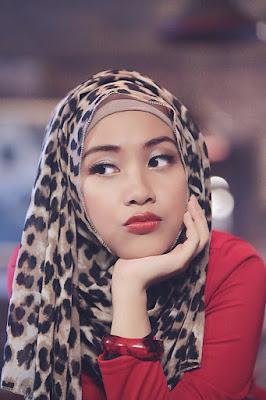 foto hijab wajah bulat foto hijab wanita indonesia cewek manis dan indah suka sekal dengan bibr merah