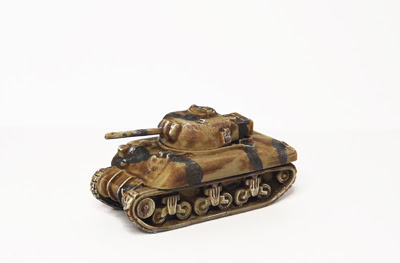 BR183    M4A1 Sherman, 75mm with turret back box