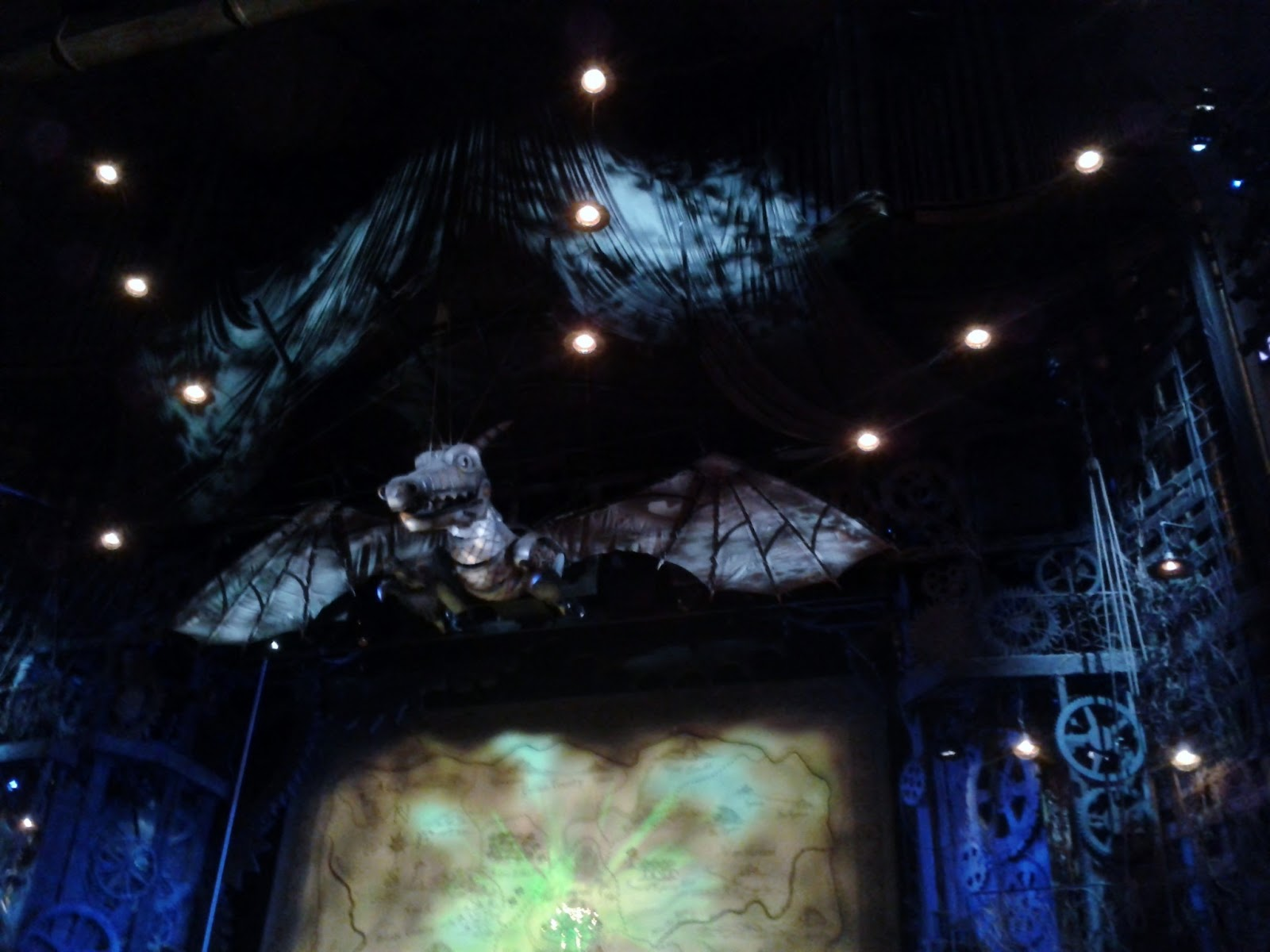 The Map of Oz, Stage set, Wicked