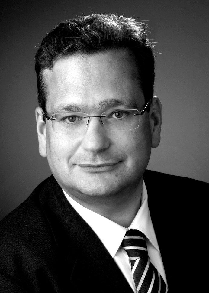 Yasni partnersuche