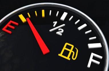 Banyak para pengendara kendaraan beroda empat yang kesal akhir Indikator bensin Mobil yang ngaco alias ti Penyebab Indikator Bensin Mobil Ngaco Atau Tidak Berfungsi