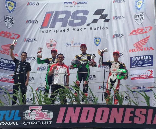 Gerry Salim Selangkah Lagi Juara Nasional Supersport 600cc