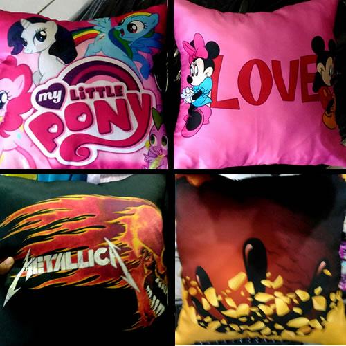 Bantal Sebagai Merchandise Musik dan Film