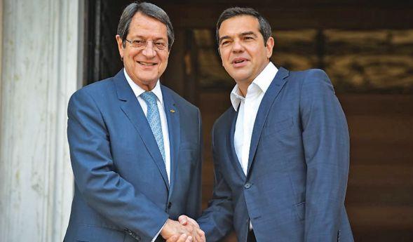 Κρίσιμοι χειρισμοί της Αθήνας για την Κύπρο
