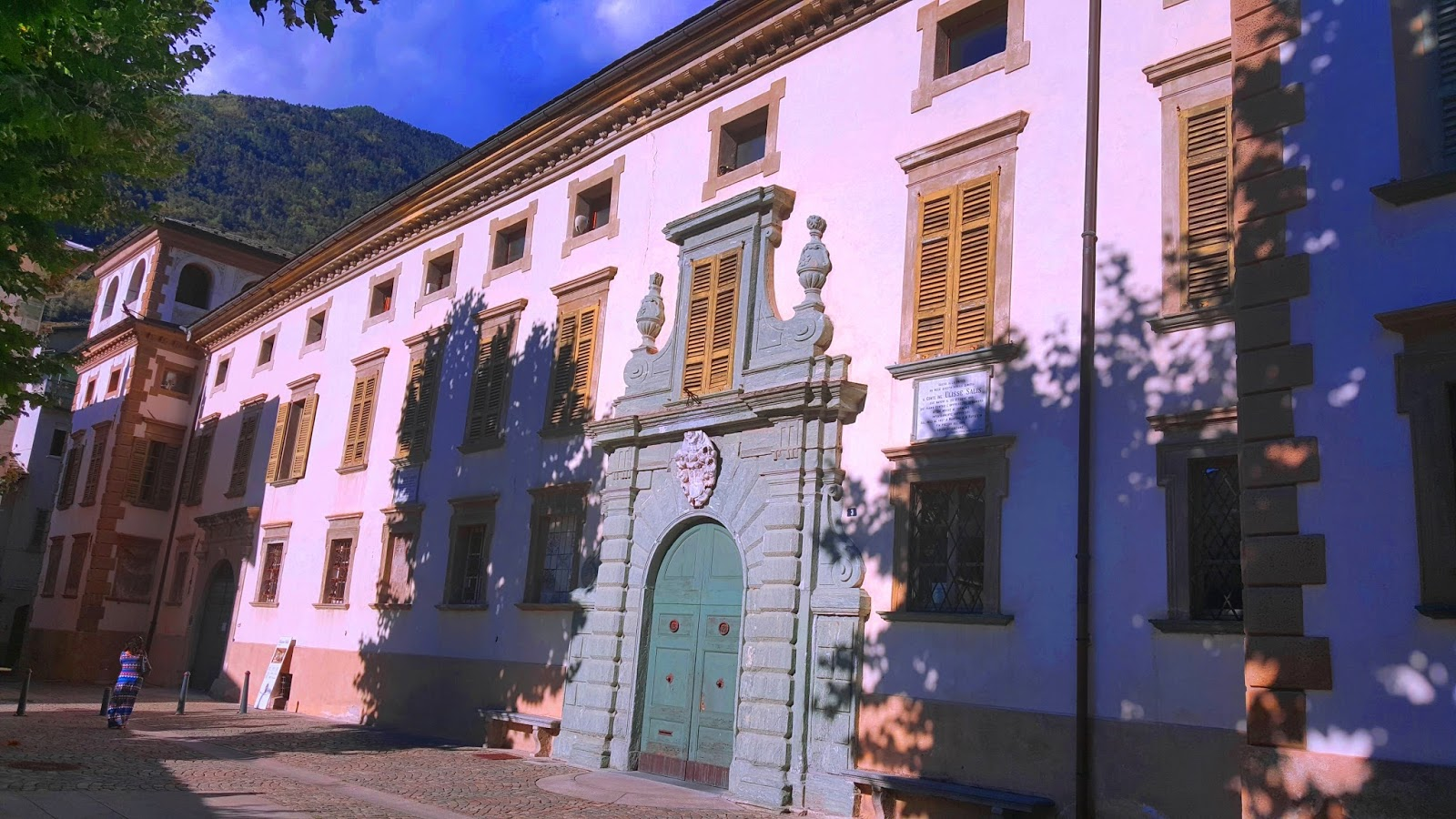 Palazzo Salis Tirano