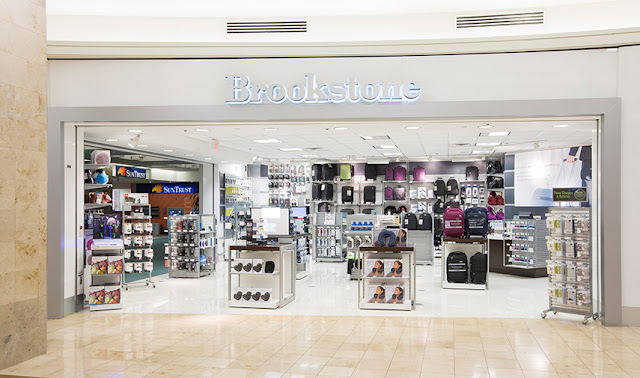 Loja de brinquedos eletrônicos Brookstone - Aeroporto de Orlando