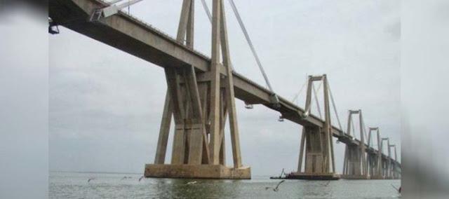 Presunta explosión ocasionó cierre del puente sobre el lago de Maracaibo en ambos sentidos