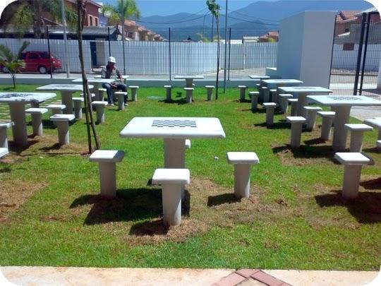 mesa jardim concreto : mesa jardim concreto:EXEMPLOS DE BANCOS E MESAS PREMOLDADOS FABRICADOS NO BRASIL