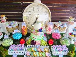 Festa com tema Alice no Pais das Maravilhas