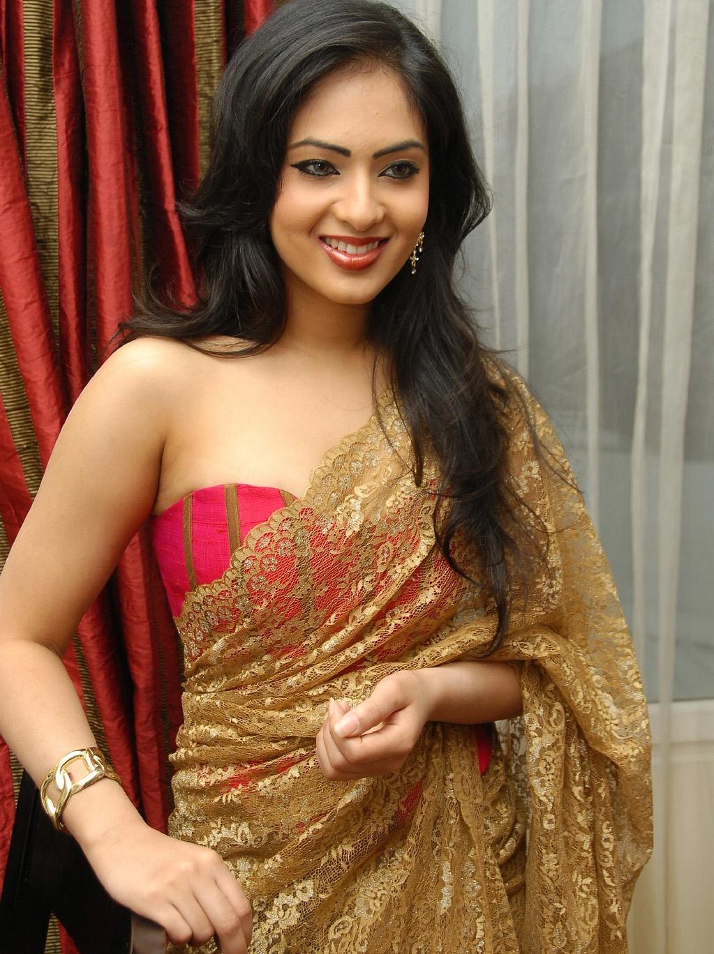 Sab Sexy Actress Nikesha Patel Latest Spicy Photo Gallery -8702