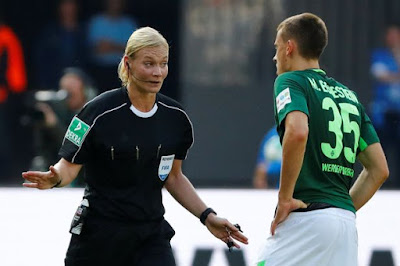 a-football-player-becomes-a-referee