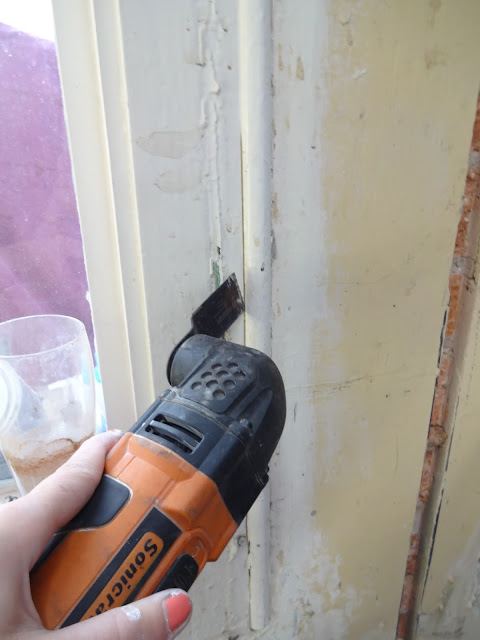 how to remove old architrave