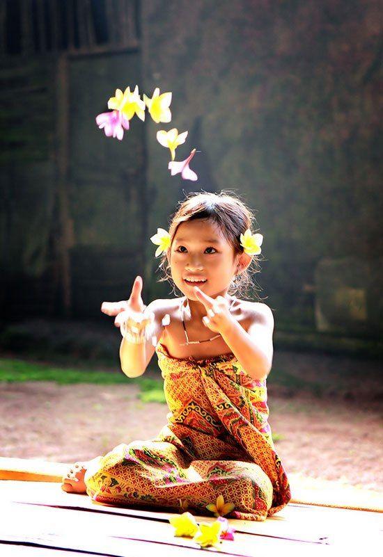 Thirteenth to Sixteenth Century - Indonesian Girl