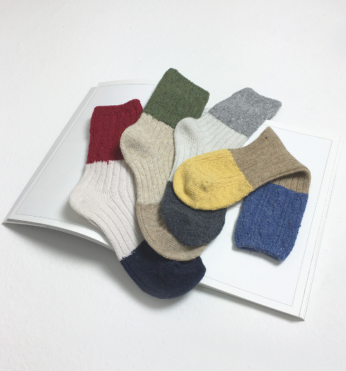 Color Blocked Wool Socks