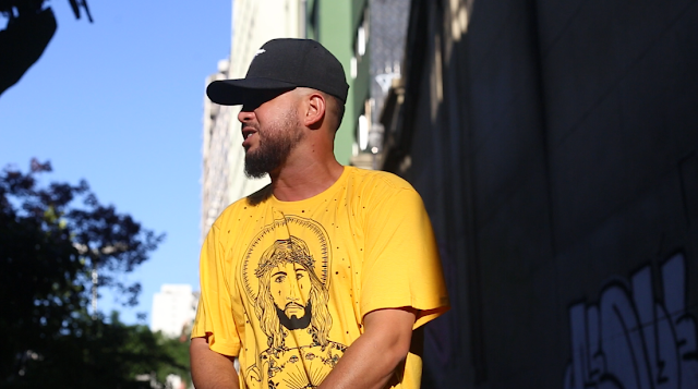 'O Hip Hop Pulsa' é o  novo clipe do Arnaldo Tifu