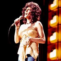 https://upload.wikimedia.org/wikipedia/commons/thumb/6/63/Donna_Fargo_in_1978.jpg/439px-Donna_Fargo_in_1978.jpg