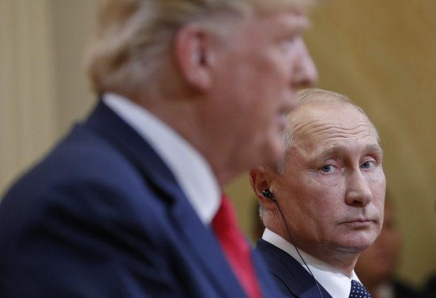Η Ρωσία προειδοποιεί τις ΗΠΑ να μην προβούν σε «παράνομη επίθεση στη Συρία»