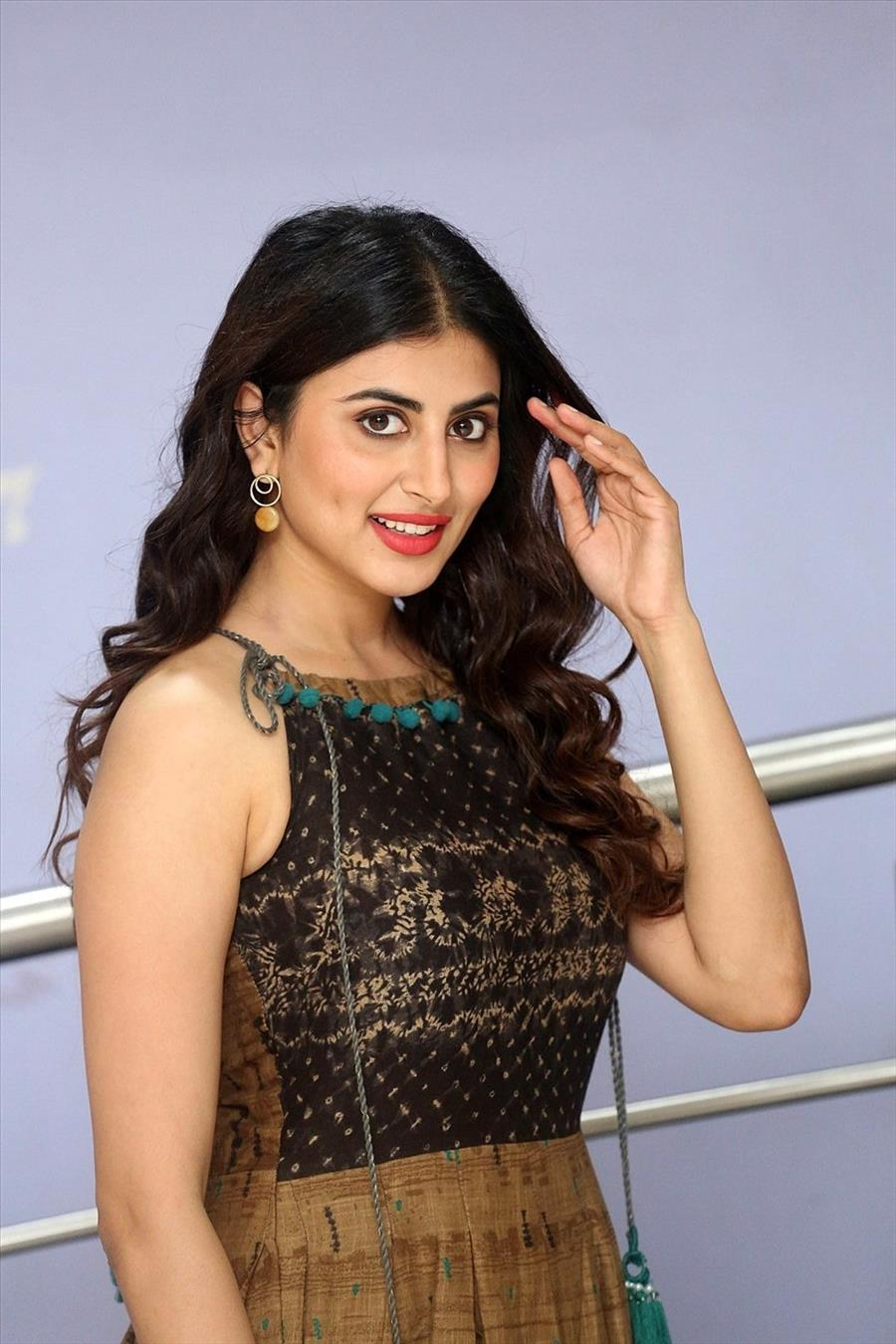 Indian Girl Shweta Avasthi at Malli Malli Chusa Movie Trailer Launch