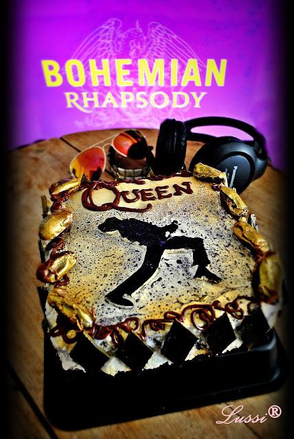 https://lussisworldofartcraft.blogspot.com/2019/03/movie-recipes-queen-cake-bohemian.html