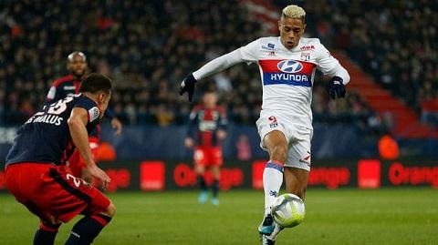 Lyon thành công trong mùa giải Ligue 1