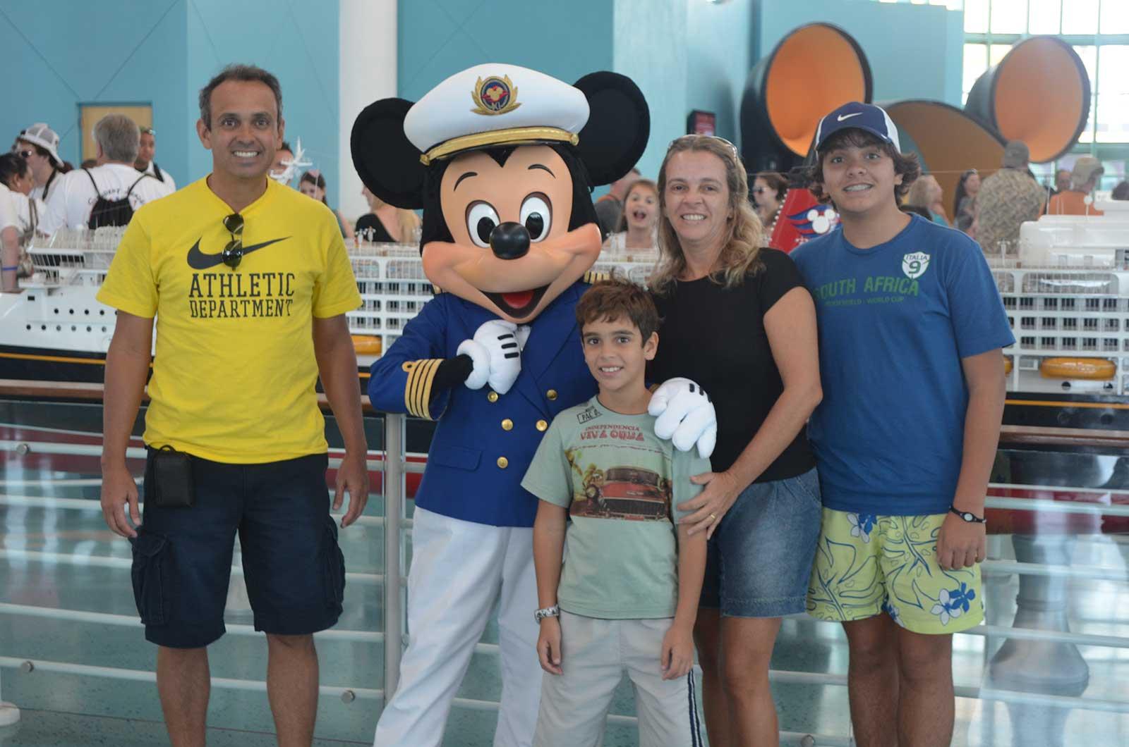 Tudo sobre o cruzeiro Disney Dream  de 3 noites que vai da Flórida até as Bahamas