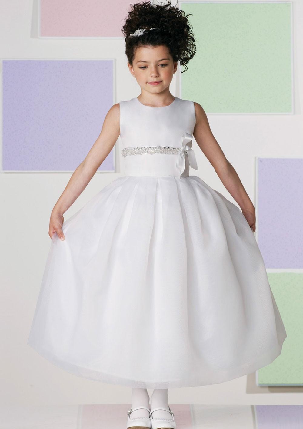 Les robes blanches pour petites filles