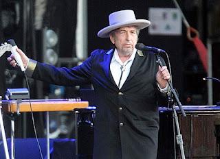 Bob Dylan wins 2016 Nobel
