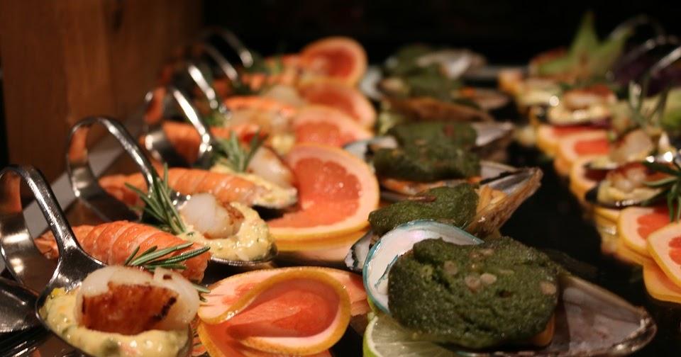 CHUSAYinka TravelBlog  Les Grands Buffets Narbona - El mejor buffet del  mundo  bd50c48f717