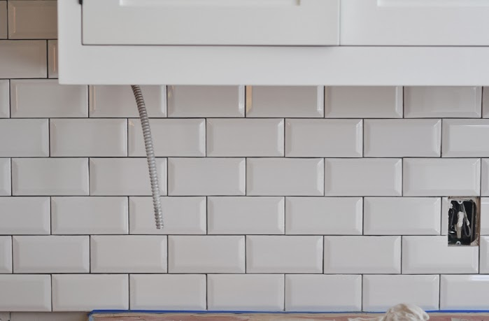 Fantastic Renovation week 31 | Dark Grout Do's and Don'ts | Sticky Bee TN11