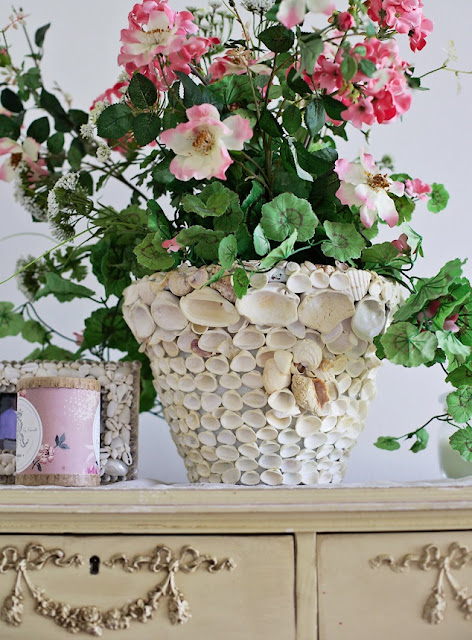 seashell pot with flowers that you can make