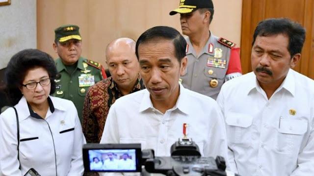 Presiden Joko Widodo dan Rombongan tiba di Bandara FL Tobing, Pinangsori, Tapteng