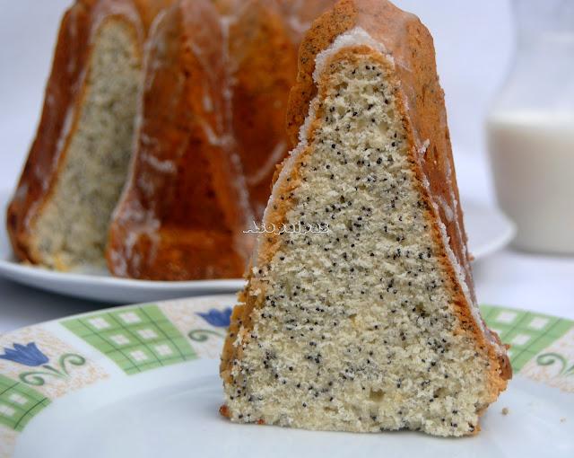 Bundt Cake de Semillas de Amapola y Limón