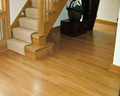 Sàn gỗ tự nhiên sồi trắng lắp đặt phòng khách