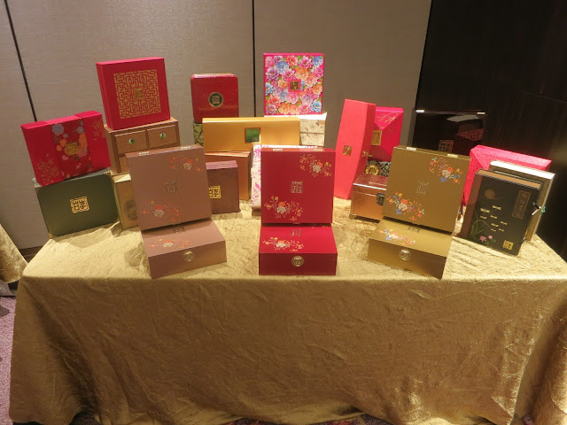 Li Bai Mooncake Boxes